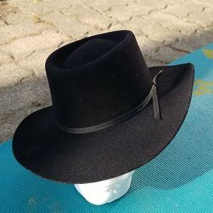 Vintage Cowboy Hat by CharlieHorse!
